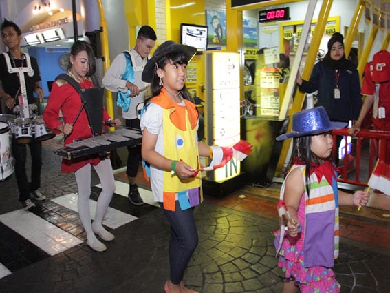 kidzania city parade