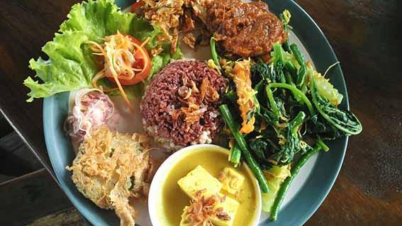 Nasi Campur Bali Sari Organik Ubud