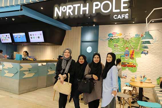 mamouz at North Pole Cafe