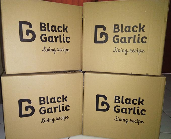 Box BlackGarlic