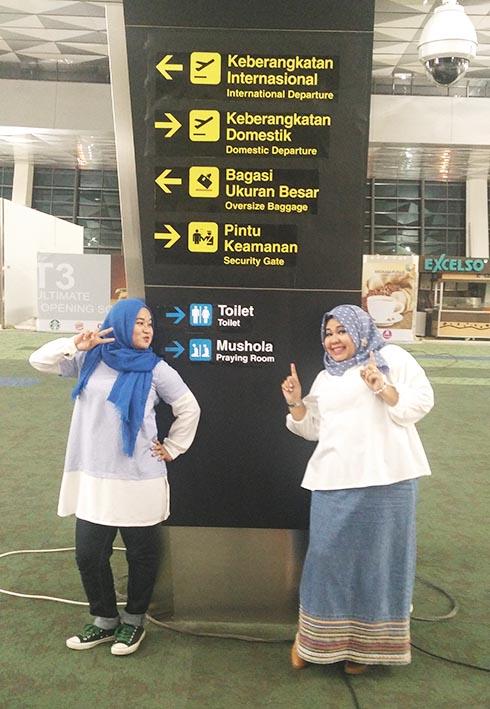 Bersama Rekan di Terminal 3 CGK
