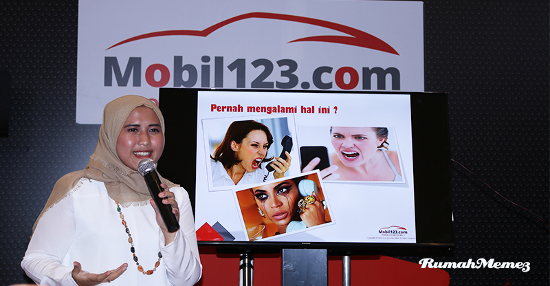 Fitur Live Chat Mobil 123