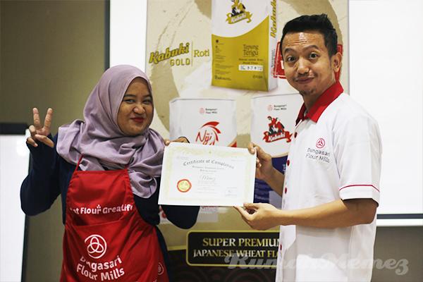 pemberian-sertifikat-bungasari-innovation-centre